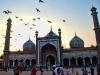 ലോകത്തെ പ്രതിഫലിപ്പിക്കുന്ന ഇന്ത്യയിലെ ഏറ്റവും വലിയ മുസ്ലീം ദേവാലയം!
