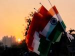 സ്വാതന്ത്ര്യ ദിനം: രാജ്യമൊരുങ്ങി, കൊവിഡ് പോരാളികള്ക്ക് ആദരം