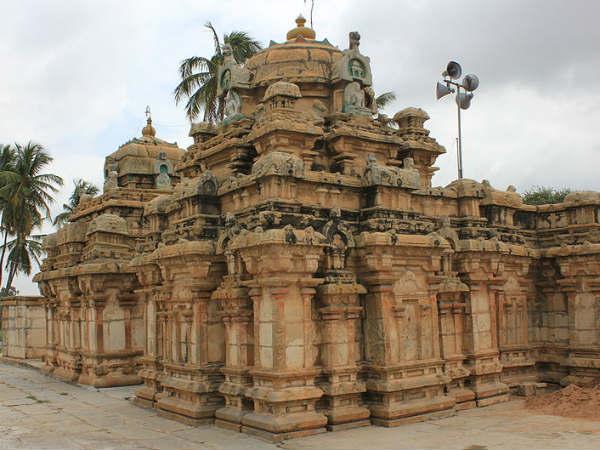 ബാംഗ്ലൂരിലെ പ്രാചീന ക്ഷേത്രം കാണാന് ബേഗൂരിലേക്ക്