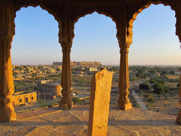 നിങ്ങളുടെ ഭാര്യയുടെ പരിഭവം മാറ്റാൻ ഇന്ത്യയിലെ 15 കാൽപ്പനിക സ്ഥലങ്ങൾ