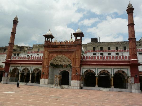 ഫത്തേപൂരി മസ്ജിദ്- കഥപറയുന്ന പ്രാര്ഥനാലയം
