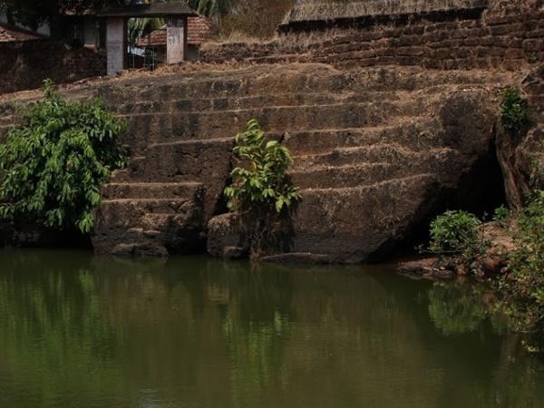 കാസർകോഡു നിന്നും തിരുവനന്തപുരം വരെ നീളുന്ന ഗുഹ