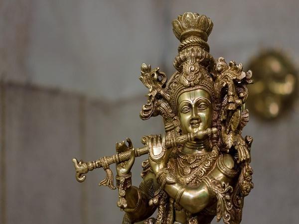 കണ്ടേൻ കണ്ണനെ കാർവർണ്ണനെ...വിഷു നാളിൽ കണ്ണനെ കാണാൻ ഈ ക്ഷേത്രങ്ങൾ