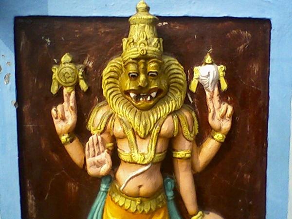 നരസിംഹം ആദ്യം പ്രത്യക്ഷപ്പെട്ടത് തൂണിലും തുരുമ്പിലുമല്ല...ഇവിടെയായിരുന്നു!