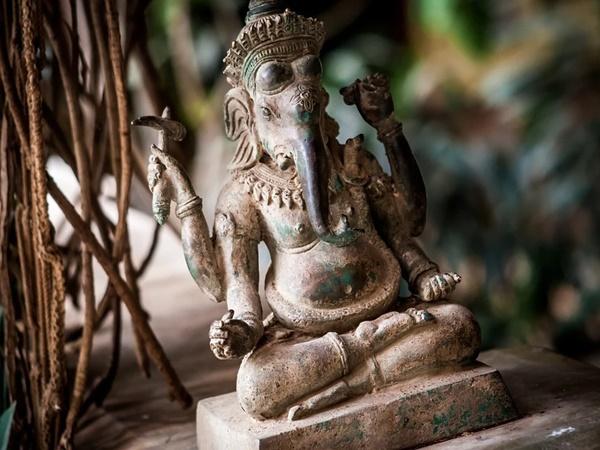 ശനിദോഷം അകറ്റി ഐശ്വര്യം നേടാന് ഇരമത്തൂര് ക്ഷേത്രം