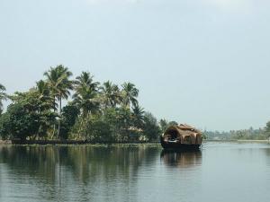 Unique Honeymoon Destinations Kerala