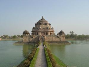 Beautiful Mughal Tombs India 000160 Pg
