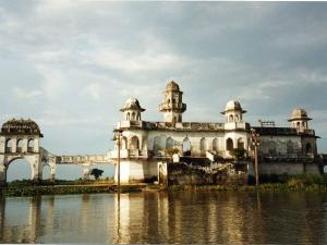Visit Neermahal Tripura 000354 Pg