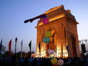Something About India Gate