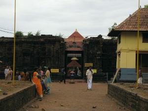 Temples Kerala Which Were Assosiated With Tipu Sulthan S Ma