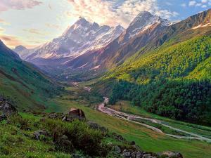 Sankri Village Travel Information