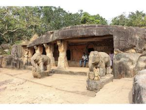 Travel The 5 Ancient Caves India