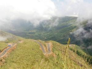 Illikal Kallu The Dangerous Hill Station Monsoon