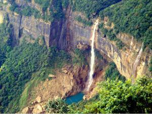 Nohkalikai Falls The Highest Waterfall India