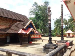 Guide To Panayannarkavu Kavu Temple