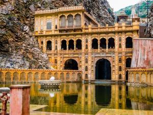 Guide Galtaji Temple At Jaipur