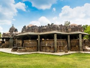 Ten Beautiful Temples In India