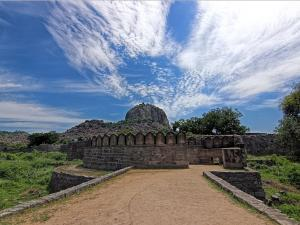 Gingee Fort The Troy Of The East
