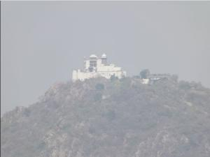 Monsoon Palace In The Land Of Deserts