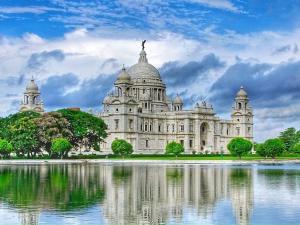 Let Us Go To The Victoria Memorial Kolkata