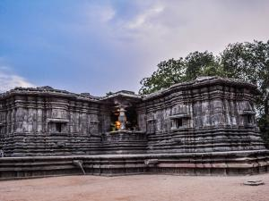 The Mysterious Thousand Pillar Temple In Telangana