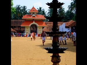 Let Us Go To Pazhayannur Bhagavathy Temple