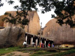 Let Us Go Chandravalli Caves In Chitradurga
