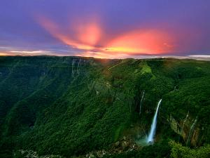 Shillong Cherrapunji Travel Along Nature S Best