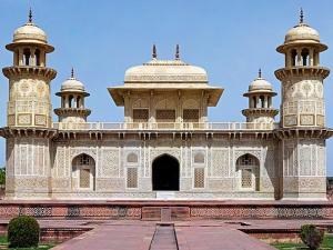 Must Visit Places In Your Agra Trip