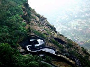 Must Visit Forts In Raigad Maharashtra