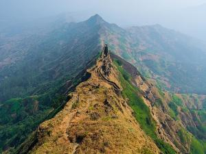 Torna Fort In Pune Trekking Best Time To Visit And How To Reach