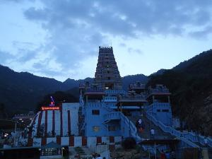 Marudhamalai Murugan Temple History Specialities And How To Reach