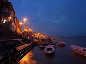 Dashashwamedh Ghat In Varanasi History Attractions And How