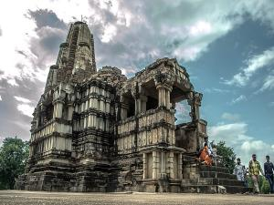 Duladeo Temple In Khajuraho Madhya Pradesh History Attractions And How To Reach