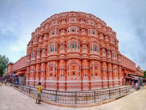 Interesting Facts About Hawa Mahal In Jaipur