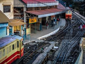 Indian Railway Cancelled All Train Services Till August 12