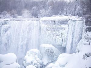 Cold Wave Hits Niagara Falls Temperature Drops To 12 To 30 Degrees Fahrenheit