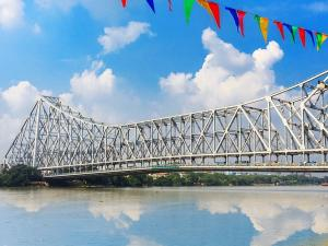 From Victoria Memorial To Howrah Bridge Legendary Places To Visit In Kolkata