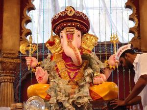 Ganesh Chaturthi 2021 From Chintaman Ganesh To Modaka Priya Ganesha Ancient Temples Of Lord Ganesh
