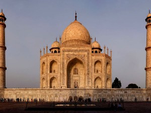 Some Facts Beliefs About Taj Mahal