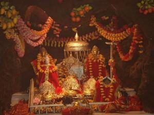 Vaishnodevi Yatra Resumes Through Old Route 000356 Pg