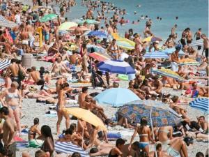 Crowded Beaches India