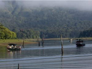 Thekkady Travel And Boating Information