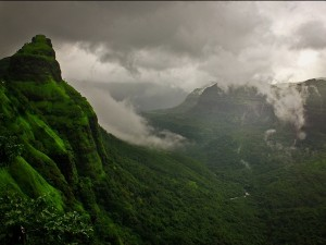 Varandha Ghat The Beautiful Mountain Passage In India