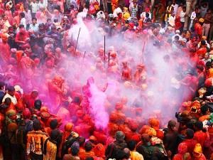 Five Best Places To Celebrate Holi In India With A Bash