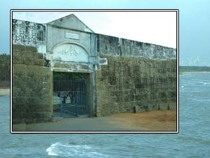 Let Us Go Vattakottai Fort Kanyakumari