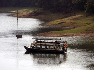 Thekkady Boating Timings Cost And How To Reach