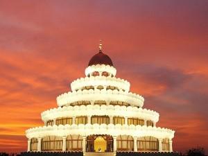 Popular Ashrams In India