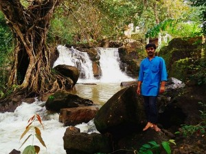 Meenmutti Falls In Kollam Attractions And Specialities