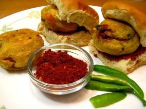 Best Food Destinations In India To Taste The Varieties
